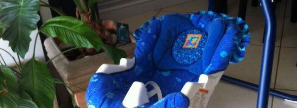 Balancelle bleue pour bébé Fisher Price