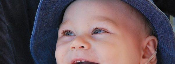 Premières dents de lait pour bébé