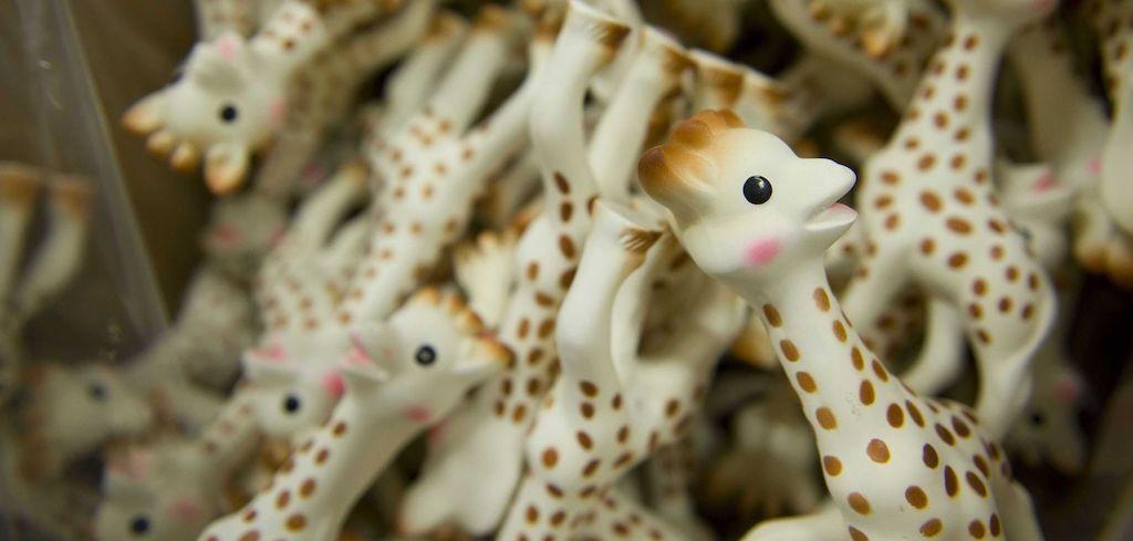 Sophie La Girafe et ses jumelles