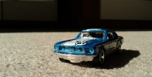 Voiture Hot Wheels bleue